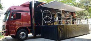 Caminhão Mercedes-Benz se transforma em Carreta Literária e apoia Desafio de Redação do Diário do Grande ABC